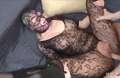 Mascata Toata Se Fute Si Asa Cu Barbatul Pasionat De Sex