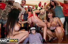 Orgii Porno La Party Cu Femei Bete Sug Pula Periculos