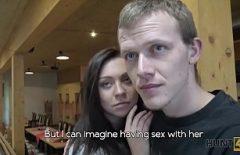 Fete Virgine Xxx Tanara Care Isi Vinde Virginitatea Pe Net 2019