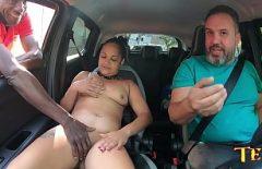 Dusa La Bordel Pentru Sex De Tatal Ei Barbos