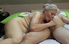 Mama Imi Suge Pula Dupa Putin Sex Si Bea Sperma